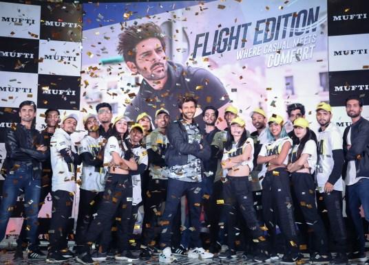 Kartik Aaryan unveils 'Flight Edition' by MUFTI