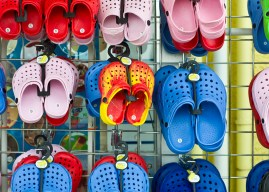 Crocs is donating 10,000 pairs to US healthcare workers until stocks last
