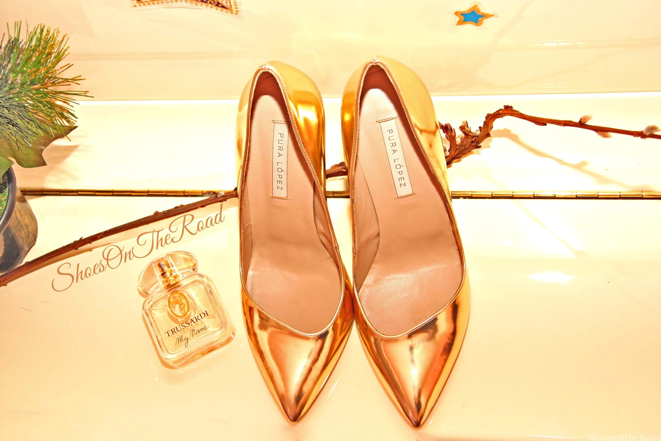 Pura_Lopez_Shoesontheroad_gold_2