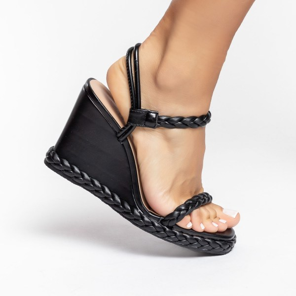 sandalia-feminina-anabela-plataforma-flatform-verão-2021-preta-black-detalhes-em-trança-shoes-to-love-loja-online-calçados-femininos-tendencias