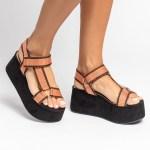 sandalia feminina anabela plataforma flatform verão 2021 solado preto cabedal gorgurão laranja shoes to love loja online calçados femininos tendencias (20)