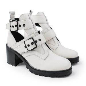 Open-Boot-Cano-curto-solado-tratorado-off-white-modelo-com-tachas-e-fivela-on-line-melhores-precos-tendencia
