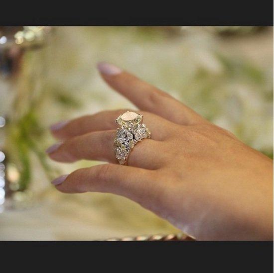 بالصور- ميريام فارس تتلقى هدية قيمة من زوجها في عيد زواجهما