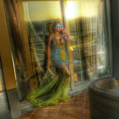 هيفاء وهبي حورية بحر في صور جديدة