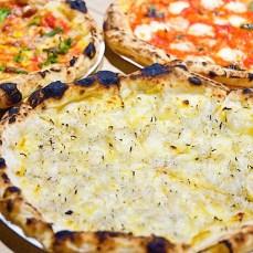 「プルクワ」(辻堂)のピザ