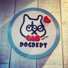 「DOG DEPT + CAFE 湘南江ノ島」の店内