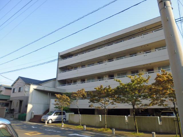 ファミリオ|藤沢市村岡東1丁目の賃貸マンション