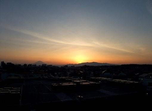 湘南モールフィルからの夕日と富士山