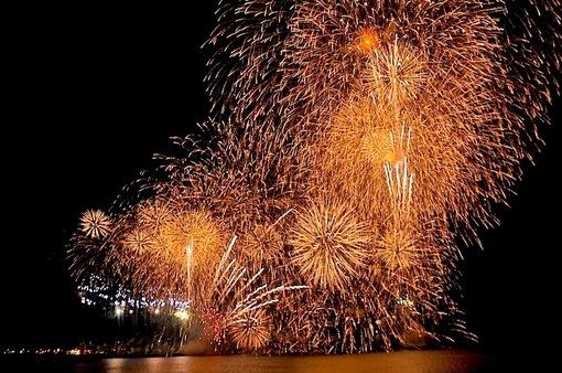 湘南・鎌倉の海沿いの花火大会スケジュール2014