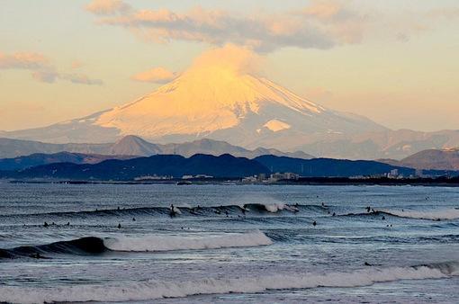 明けましておめでとうございます2015|江ノ島から綿帽子の初富士山
