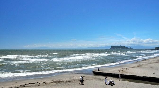 晴天続きの湘南・鎌倉 七里ガ浜からの空は夏色!