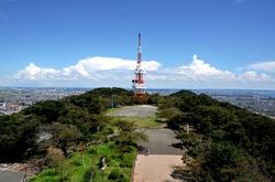 平塚湘南平のレストハウス展望台からのテレビ塔