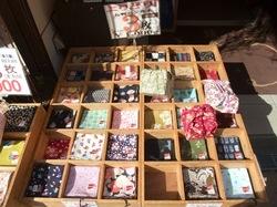 鎌倉小町通りの手ぬぐい&和雑貨専門店鎌倉ふぃるの3枚1000円