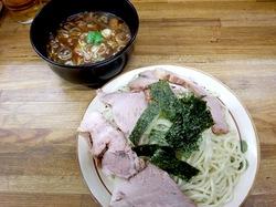 藤沢本町はじめのチャーシューつけ麺