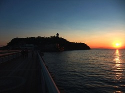 江ノ島弁天橋からの夕日