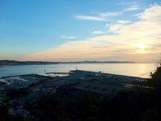 湘南江ノ島の初日の出オススメスポットヨットハーバー&白灯台