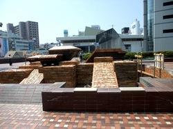 藤沢駅北口デッキサンパール広場の噴水