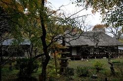 北鎌倉浄智寺の庫裡前の紅葉