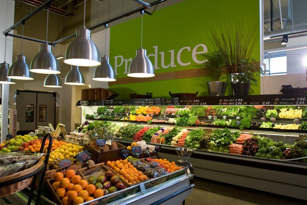 i 5 Design, Grocery interior #1 (1/2)
