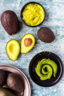 Avocados, halbiert, Guacamole, Avocadorose, Studio