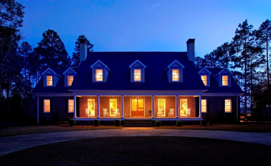 The Pine Hill Manor Lodge in the afterglow