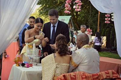 DSC_0330 camb wed tie hands line