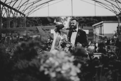 wedding photos in the flowers
