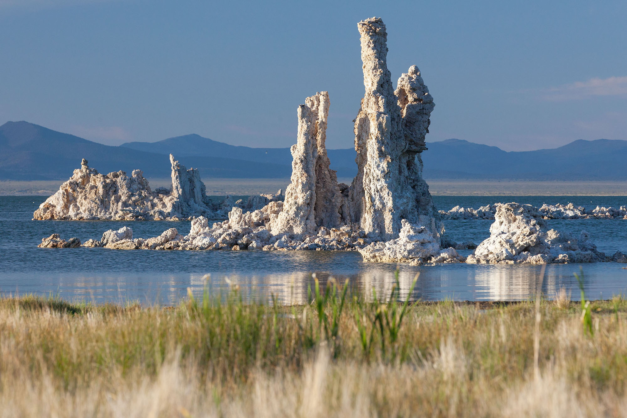 Mono Lake: Morning Light at South Tufa Beach