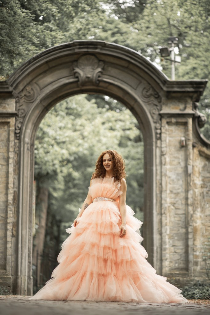 The Dress - With Zoë