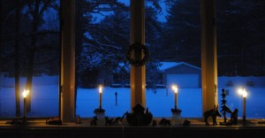 Christmas-eve-candles-window