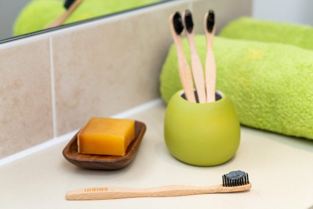 Why Use An Eco Friendly Toothbrush