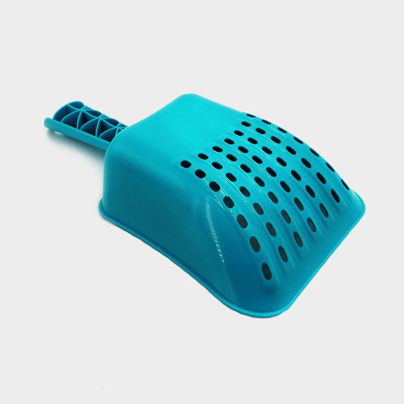 Mehrzweck-Schaufel Chipie von Rotho MyPet in der Farbe Aqua herumgedreht