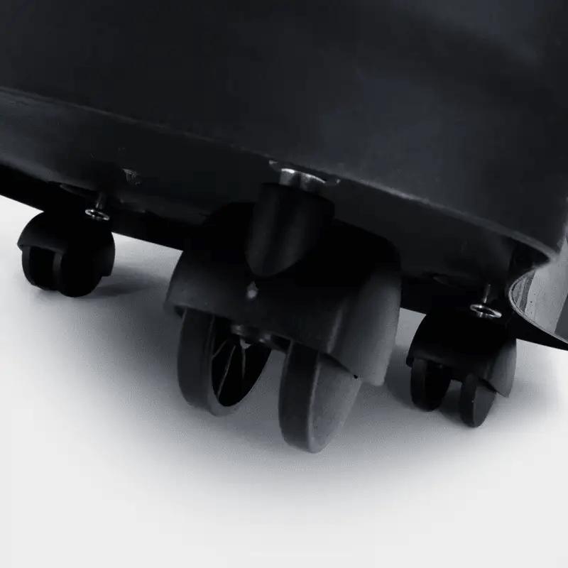 Rotho MyPet Futterbox 38 l Variante Detailaufnahme Rollen