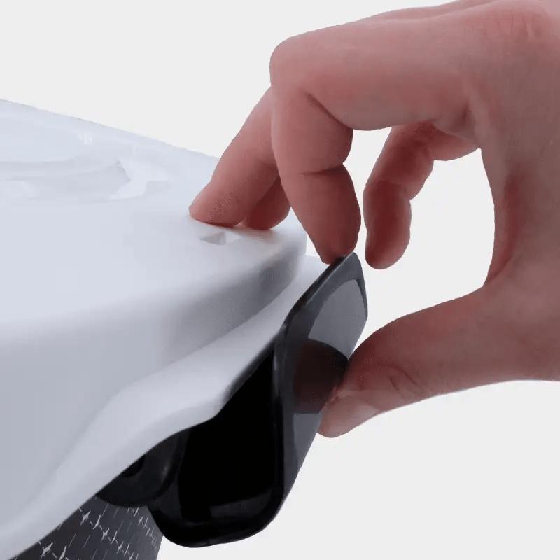 Detailaufnahme Verschluss der Futterbox 38 l von Rotho MyPet