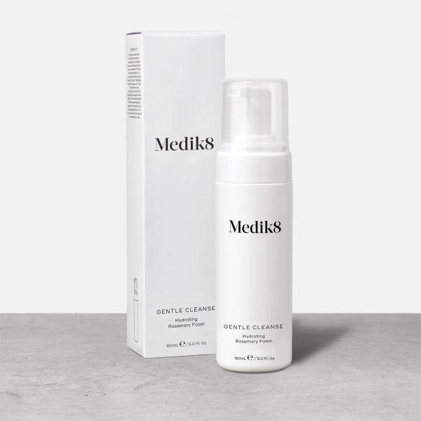 Medik8 Gentle Cleanse καθαριστικό καλλυντικά