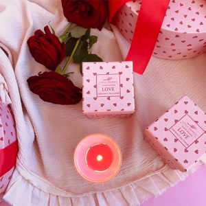 Little Secrets LOVE Valentineʻs Soy Candle Limited Edition κερί μασάζ σώμα