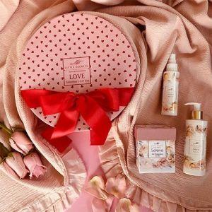 Little Secrets Selene Valentineʻs Love Gift Box ενυδάτωση σύσφιξη κερί μασάζ σώμα