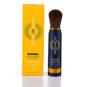Brush On Block Touch Of Tan Sunscreen SPF30 αντηλιακό με χρώμα