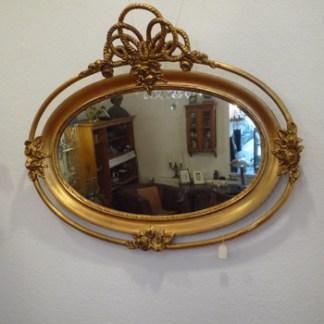 Rahmen und Spiegel