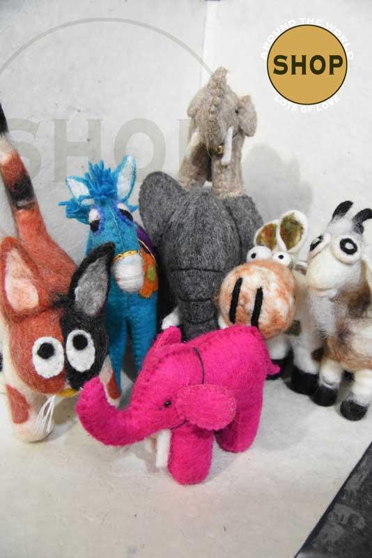 Handgemaakt vilt dieren . Speelgoed - Dieren. Shop Around the World