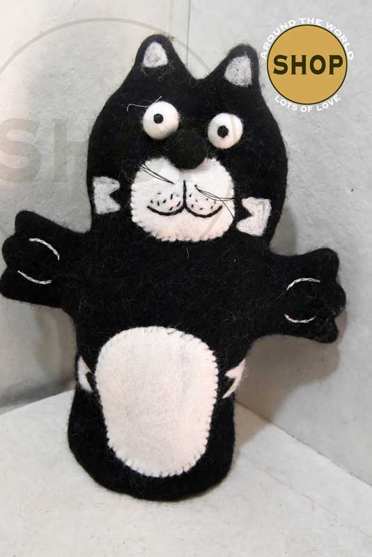 Handgemaakt vilt handpop zwarte kat 5405 Speelgoed, dieren. Shop Around the World