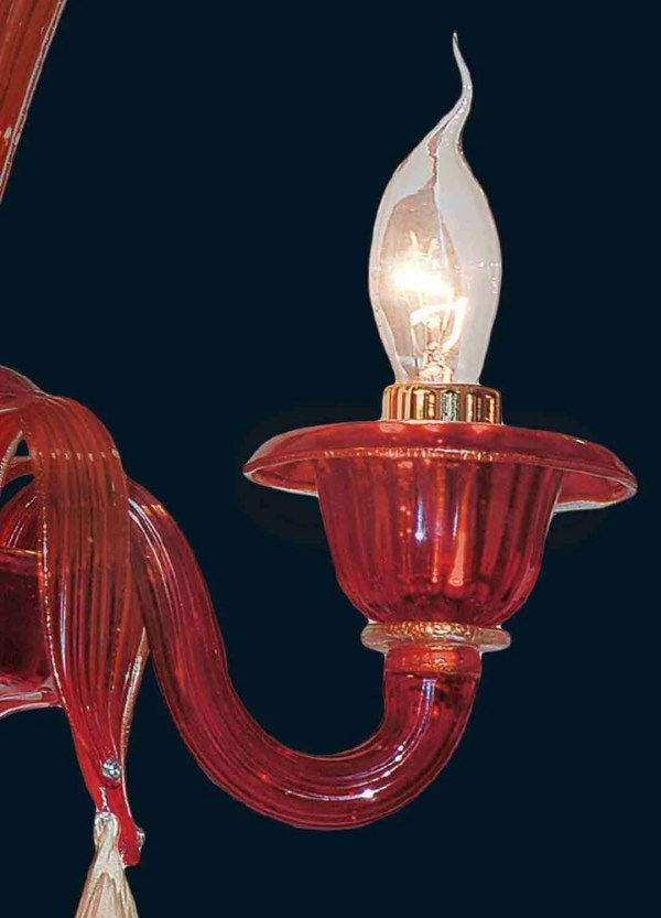 Venetian wall lamp in red glass coated with 24k gold, 2 lights complete with leaves and pendants, handmade in Murano glass.