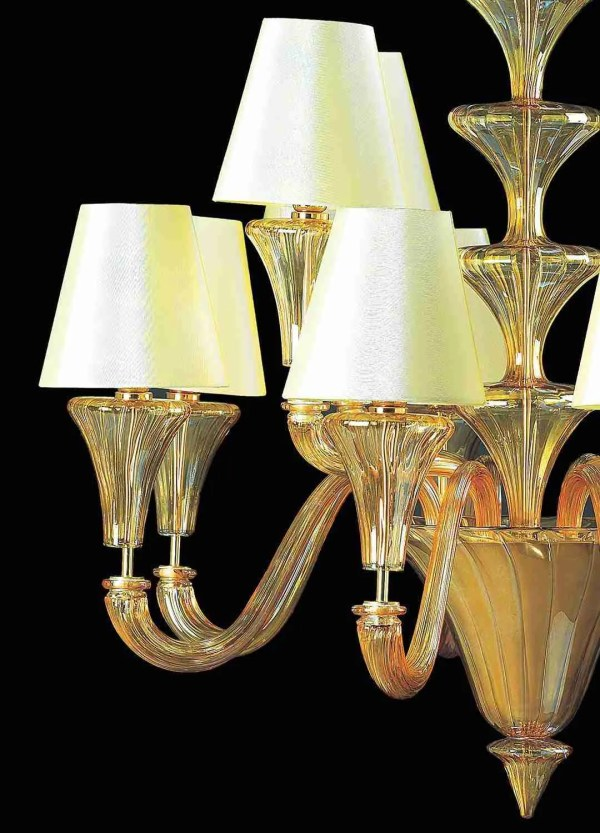 """Murano glass chandelier in """"Venetian"""" style, is the ideal combination of art and elegance. Bright and classic in lines."""