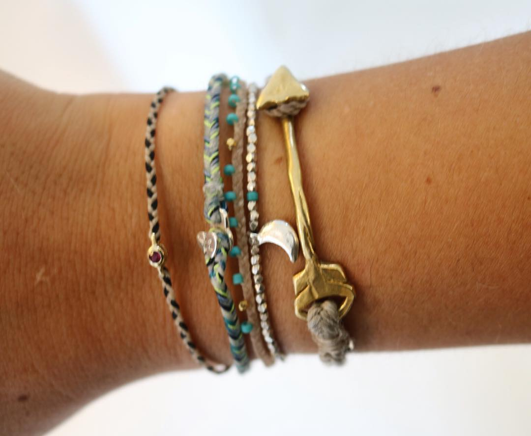 THE EAGLE HAS LANDED ?????????????????????????????????? #holy #armcandy #armstack #scosha #carostyle #mixandmatch #wirst #armparty #bracelet #friendshipbracelet #caroherentals #multibrand #fashionstore