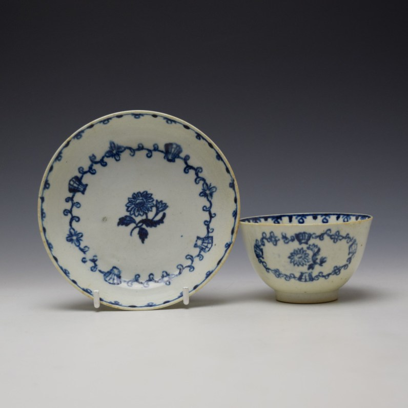 Liverpool John Pennington Scallop Shell and Flower Pattern Teabowl and Saucer c1780-85 (1)