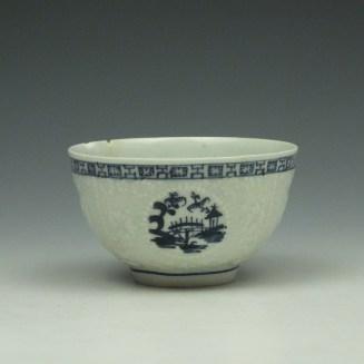 Lowestoft Hughes Moulded Teabowl and Saucer c1764-66 (3)