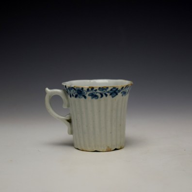 Worcester Early Ribbed Floral Border Pattern Coffee Cup c1754 (3)