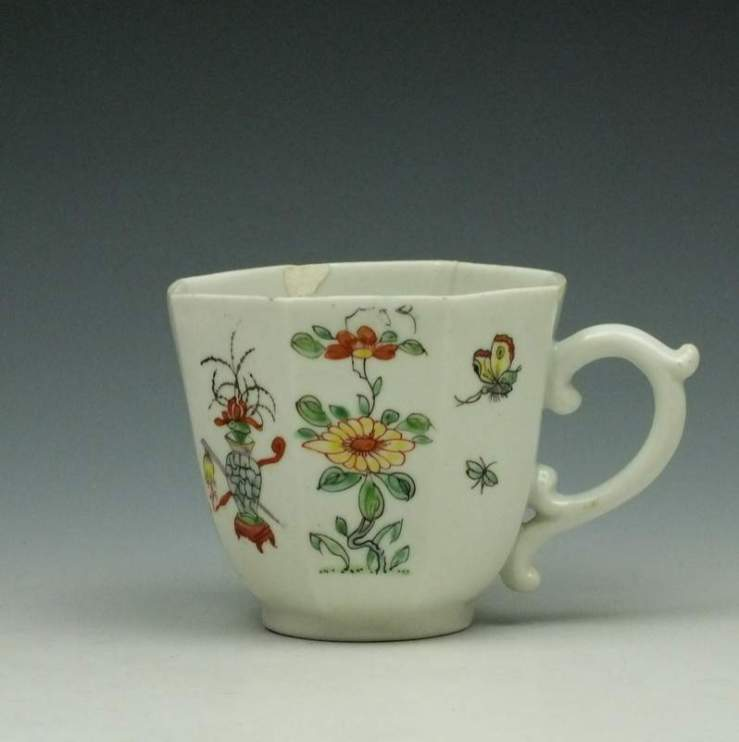 Worcester Polychrome Long Eliza Pattern Octagonal Coffee Cup c1752-53 (1)