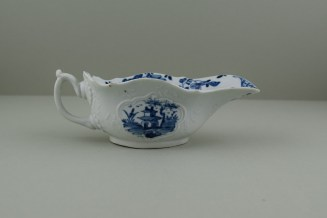 Worcester Porcelain Dr Wall Period The Boatman Pattern Low footed Sauceboat, C1755. 5