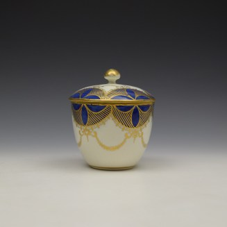 Caughley Blue and Gold Garland Pattern Sucrier and Cover c1785-95 (4)